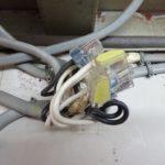 スーパーハウスの照明器具の配線と配置をやり直す