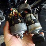 縦目ベンツのフロアマット採寸とヘッドライトスイッチ