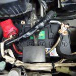 エリシオンのバッテリー交換とサンバーの補修ペイント
