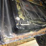 日産モコのオイル交換と縦目ベンツのドア錆確認
