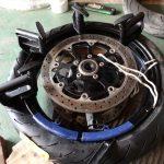 GSX-Rのフロントタイヤ交換